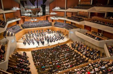 Photo of the Halle orchestra at Bridgewater